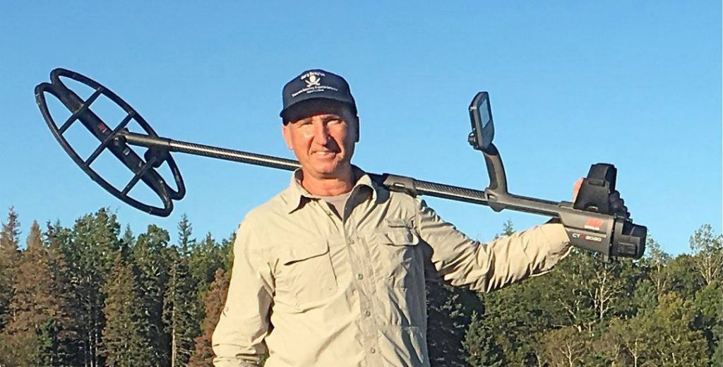 Gary Drayton with Minelab CTX 3030 metal detector on Oak Island